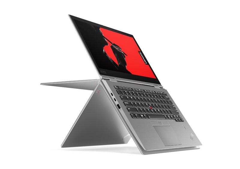 Laptop ThinkPad X380 Yoga to zupełnie nowe urządzenie, które zaprezentowane zostało na początku roku 2018 przez firmę Lenovo